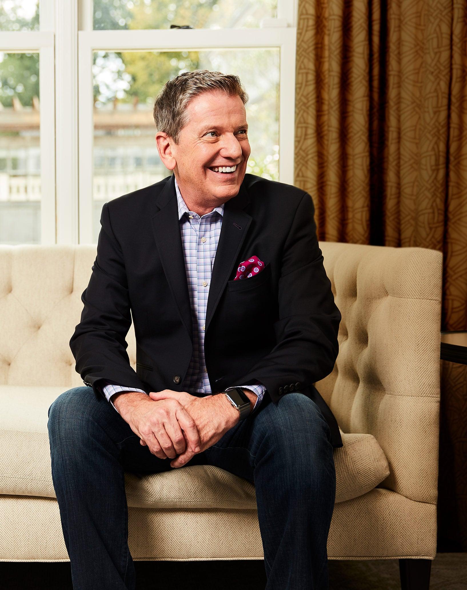 Michael Hyatt couch